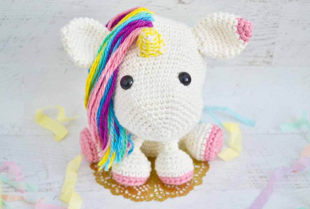 Una The Unicorn Crochet Pattern By Yarn Society